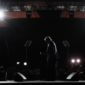 Image: Trump speaks during a campaign rally in Albuquerque, N.M.