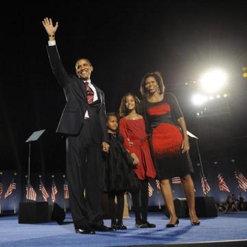 Image: Barack, Michelle, Sasha and Malia Obama