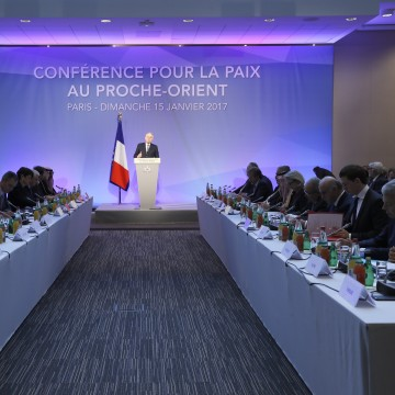 Image: French Minister of Foreign Affairs Jean-Marc Ayrault addresses delegates