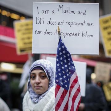 Image: FILES-US-MIDEAST-ISLAM-CENSUS-MINORITIES-DEMOGRAPHICS