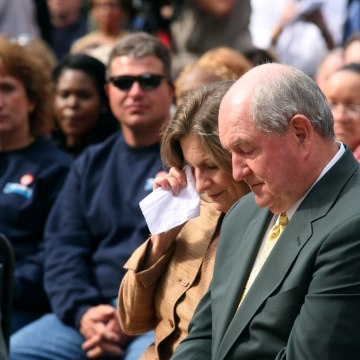 Georgia Governor Leads Prayer Vigil For Rain To Ease Drought