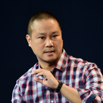 Image: Tony Hsieh, CEO of Zappos, responds to questions at an event on Oct. 20, 2015 in Laguna Beach, Calif.