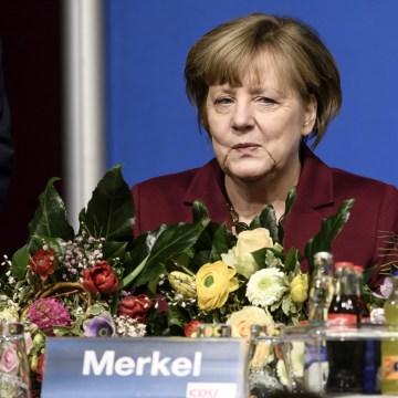 Image: German Chancellor Merkel at election district gathering