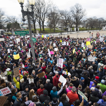 Image: Americans Protest Trump's Immigration Ban on Foreginers From Seven Majority-Muslim Countries