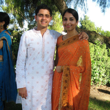 Instead of throwing an elaborate wedding ceremony, Poonam Kaushal and Nishkaam Mehta have asked family and friends to donate to the ShareTheMeap app to help fight child hunger.