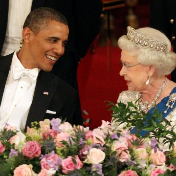 Image: President Barack Obama and Queen Elizabeth II during a State Banquet in Buckingham Palace