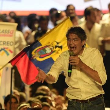 Image: ECUADOR-CAMPAIGN-LASSO