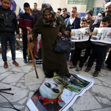 Image: Palestinians protest after sentencing Israeli soldier Elor Azaria