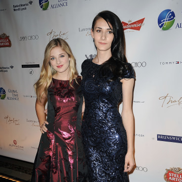 Image: Jackie Evancho and Juliet Evancho