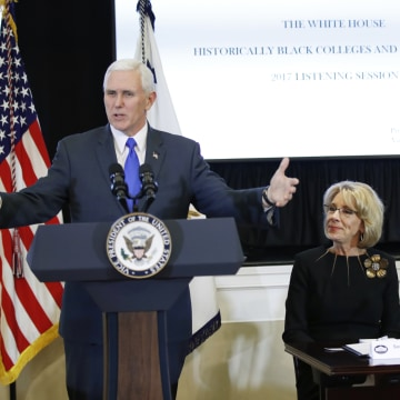Image: Pence, DeVos and Manigault hold a listening session with the historically black colleges and universities