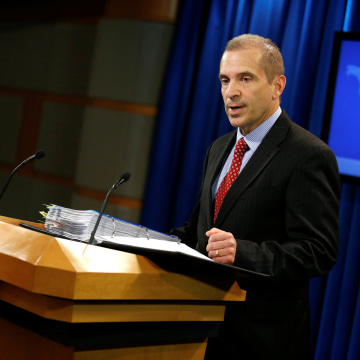 Image: Acting State Department Spokesperson Mark Toner speaks during a news briefing at the State Department in Washington