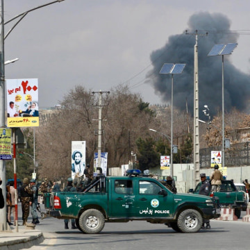 Image: Kabul military hospital attacked