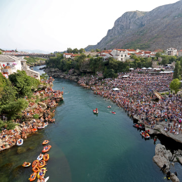 Image: A diver jumps from Mostar's Old Bridge
