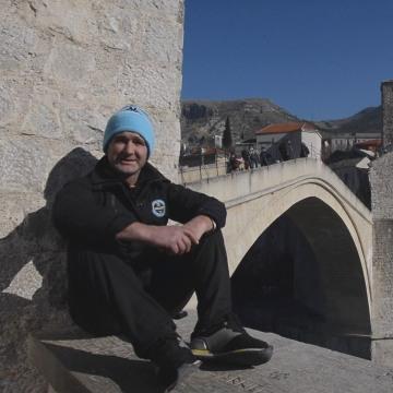 Image: Semir Kazacic-Miro is a regular diver from Mostar's Old Bridge.