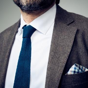 Image: Spider silk tie