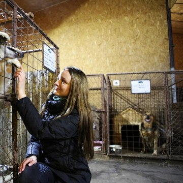 Image: Rasma Zaharenko at Rezekne's dog shelter