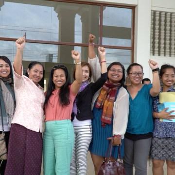 Members of 1Love Movement, 1Love Cambodia, and the #Right2Return delegation in Phnom Penh, Cambodia, November 2016.
