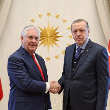 Image: Secretary of State Rex Tillerson shakes hands with Turkish President Recep Tayyip Erdogan