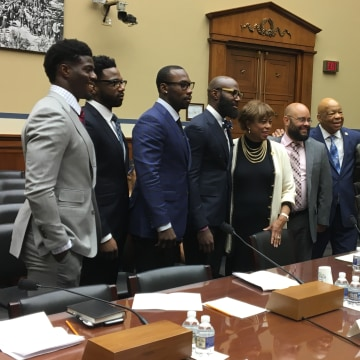 Image: Congressional forum with NFL players
