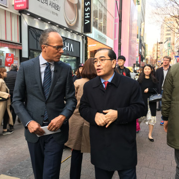 Image: Lester Holt and Thae Yong Ho