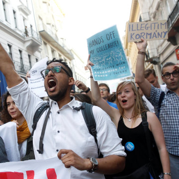 Image: Students shout slogans during a demonstration against Prime Minister Viktor Orban's efforts to force a George Soros-founded university out of the country in Budapest