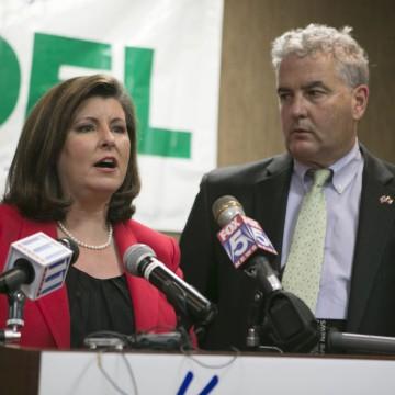 Image: Republican candidate for U.S. Sen. Karen Handel concedes her race with her husband Steve beside her