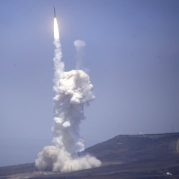 Image: A flight test of the exercising elements of the GMD system launched at the Vandenberg AFB