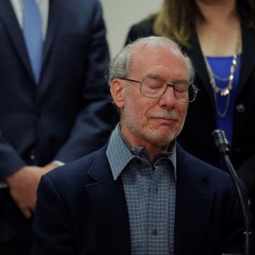 Image: Stanley Patz, father of 1979 murder victim 6-year-old Etan Patz, speaks to the media following the sentencing of Pedro Hernandez