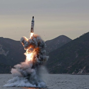 Image: North Korea attempts a missile launch - South Korean military
