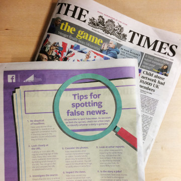 Image: Full page Facebook ad teaching people to spot fake news