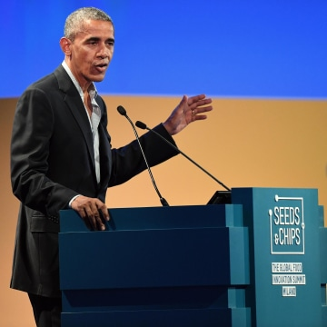 Image: Barack Obama attends the Seeds and Chips - Global Food Innovation summit