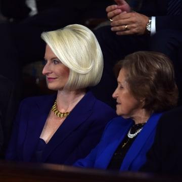 Image: FILES-US-POLITICS-DIPLOMACY-VATICAN-CALLISTA GINGRICH