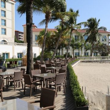 Image: The five-star Palm Camayenne Hotel in Conakry, Guinea