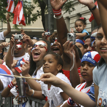 New York S Up ing Iconic Puerto Rican Day Parade Marred N764501 on oscar hernandez transportation