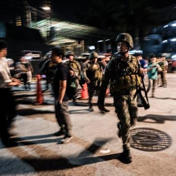Image: Soldiers outside Resorts World Manila