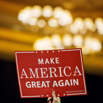 Image: Make America Great Again campaign rally sign
