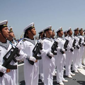 Image: PLA navy war Ships arrive in Karachi, Pakistan