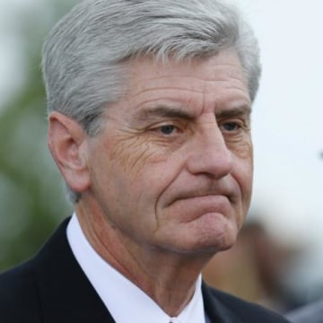 FILE PHOTO: Mississippi, Governor Phil Bryant arrives to attend B.B. King's funeral in Indianola, Mississippi