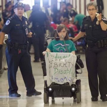 Image: U.S. Capitol Police arrest a protester