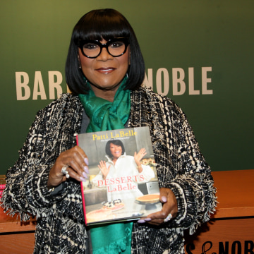 """Patti LaBelle Signs Copies Of Her New Book """"Desserts LaBelle: Soulful Sweets To Sing About"""""""