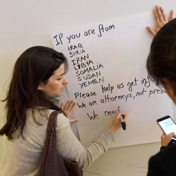 Image: Volunteers in Los Angeles