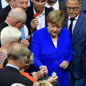Image: GERMANY-homosexuality-parliament-politics
