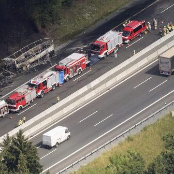 Image: An aerial view of the accident scene on the A9 freeway.