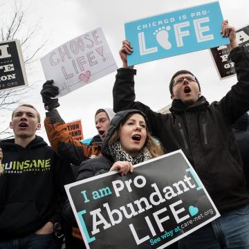 Image: Anti-abortion advocates