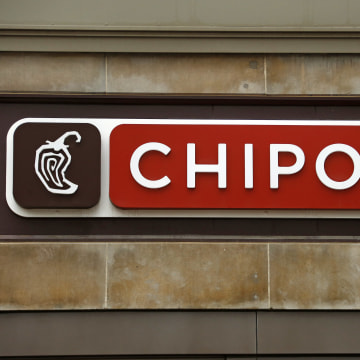 Image: Chipotle restaurant sign