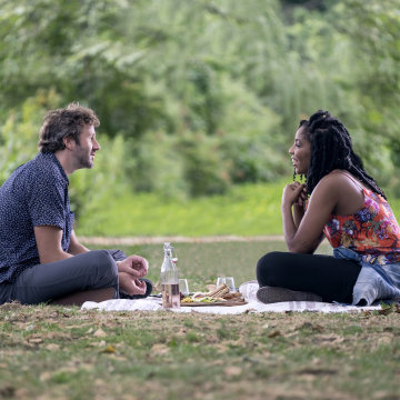 Image: Chris O'Dowd and Jessica Williams in Netflix's The Incredible Jessica James.