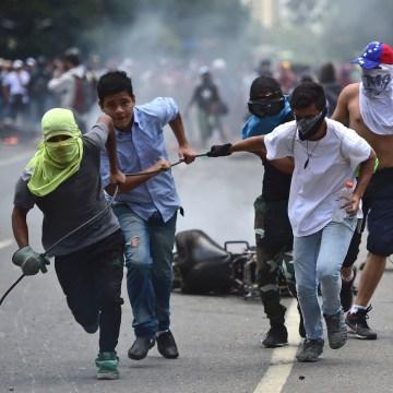 Image: TOPSHOT-VENEZUELA-CRISIS-CONSTITUENT-ASSEMBLY-PROTEST