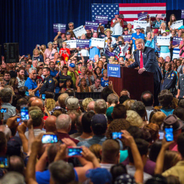 Image: BESTPIX Donald Trump Gives Address On Immigration In Phoenix
