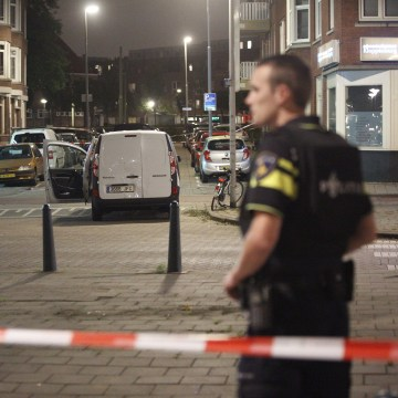 Image: Terror threat after a van packed with gas canisters found in Rotterdam