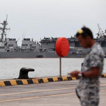 Image: USS John S. McCain and USS America at Changi Naval Base